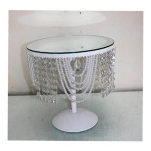 Pastelero de metal blanco c/espejo y perlas colgantes de 30.5x30.5x31cm