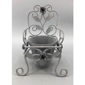 Macetero diseño silla de 18x17x25cm