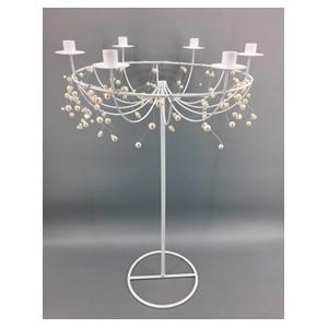 Candelabro de metal blanco para 6 velas y cuentas de 48x43x80cm