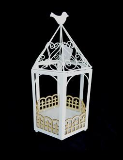 Candelabro diseño Jaula blanca con ave de 20x18x37cm