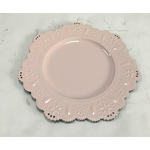 Plato presentación diseño ondulado en color rosa de 33x33x2cm
