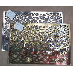 Mantel rectangular calado dorado de 30x45cm