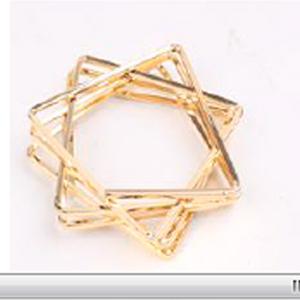 Juego de 4 servilleteros dorados diseño estrella