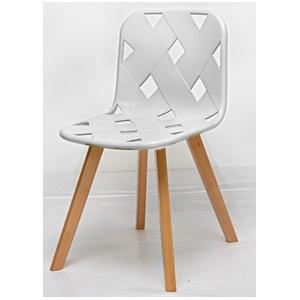 Silla de plástico blanca diseño tejido con patas de plastico imitación madera