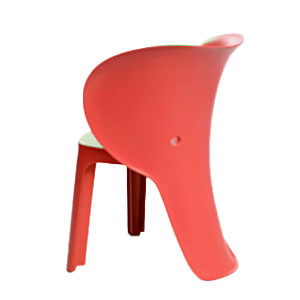 Silla infantil de plastico roja de 47x55x32.5cm
