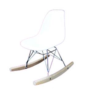 Silla mecedora infantil blanca con base imitación madera de 47.5x30.5x51.5cm