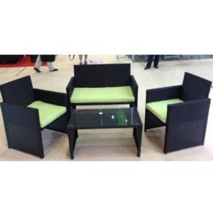 Juego de sala con cojines y mesa de centro 2+1+1 de fibras plásticas cafés de 109x59x77/85x45x39cm