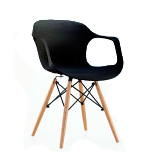 Silla c/descansabrazos de plástico negra c/patas imitación madera