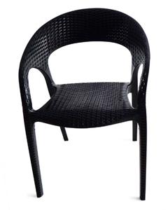 Silla tejida de fibras plásticas color negra de 59.5x59.5x82cm