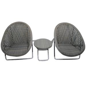 Juego de 2 sillas con mesita de fibras plásticas 2+1 de 73x84x82/50x40x44cm