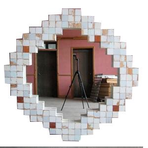 Marco blanco con espejo diseño rombo de cuadros de madera  de