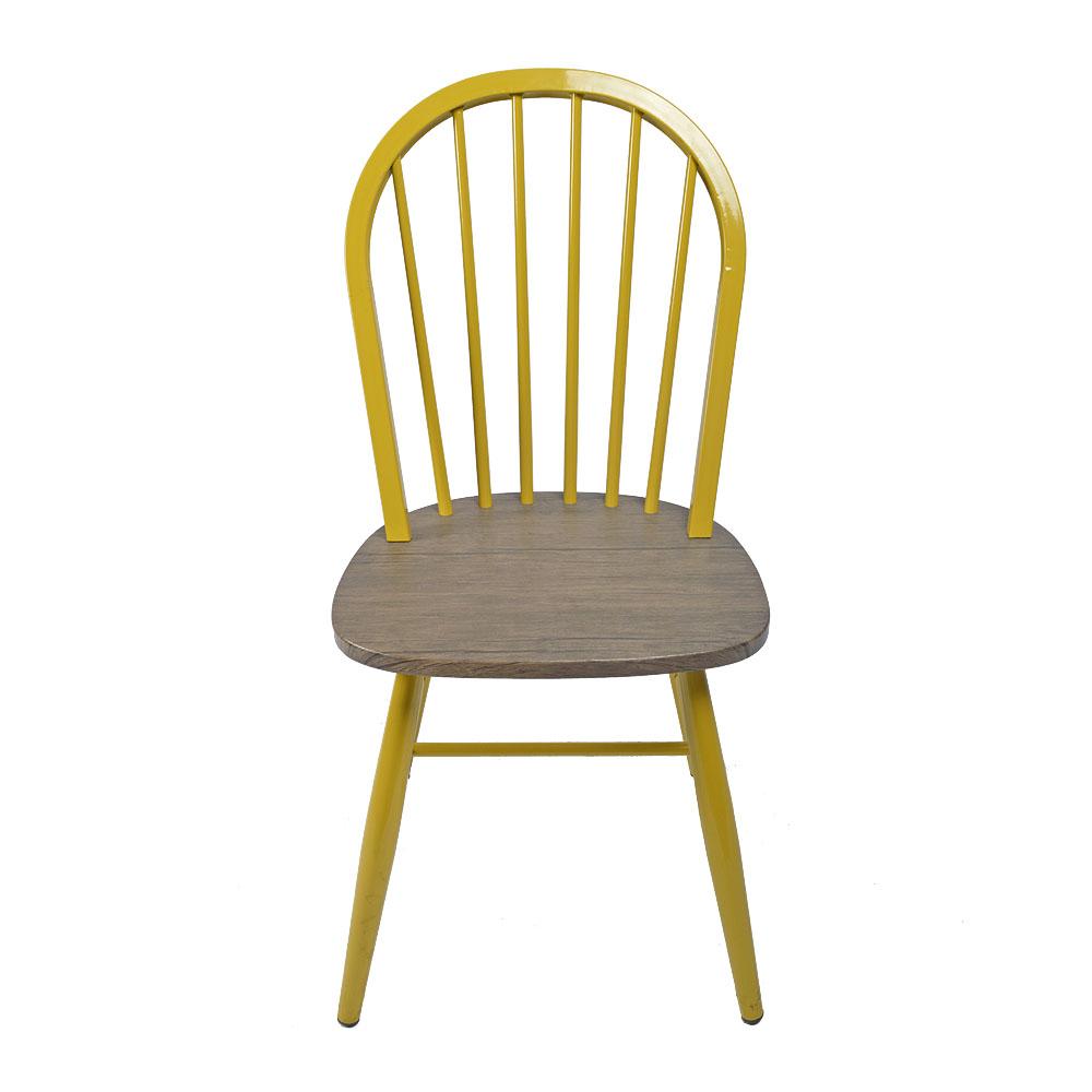 Silla de metal amarilla con asiento de madera de 48x46x92cm