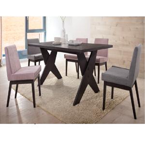 Mesa de madera con 6
