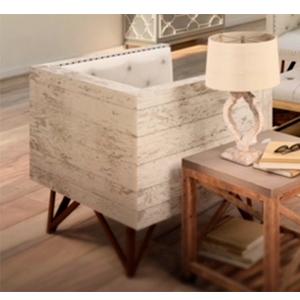 Sillon de madera beige con asientos capitoneados cafés de 90x78x72cm