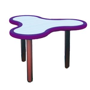 Mesa diseño Trébol de plástico en color morado con gris de 85x75x55cm