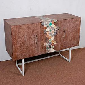 Cómoda de madera en colores de 120x40x80cm