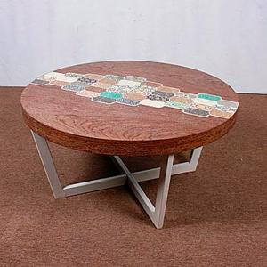 Mesa redonda de madera en colores de 80x80x40cm