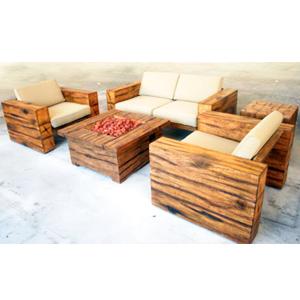 Juego de Sala de madera café con cojines beiges esquinero y mesa con chimenea 1+1+1+2