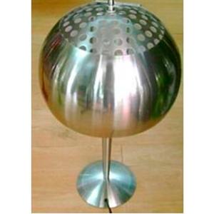 Lampara de mesa con pantalla diseño cacerola de 32x65cm