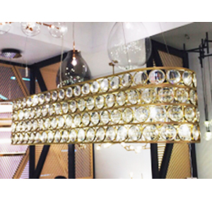 Lámpara de techo rectangular dorada con cuentas de acrílico transparentes de 150x38x180cm