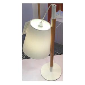 Lámpara de escritorio blanca con base de madera de 28x20x60cm