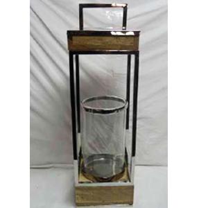 Linterna de metal  con madera y pantalla de cristal de 20x20x68cm