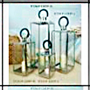 Linterna de metal cromada y asa  de polipiel de 18x18x40.5cm
