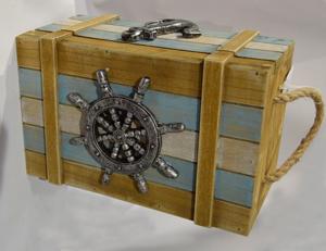 Baúl de madera en tonos azules con decoraciones marinas  23x15x2cm