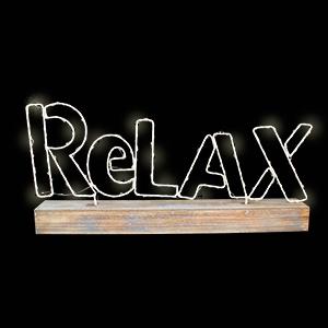 Letrero de Relax en base de madera de 42x21x55cm