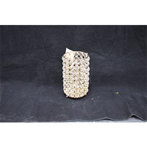 Candelabro de metal dorado tapizado de cuentas de cristal de 11x11x17.5cm