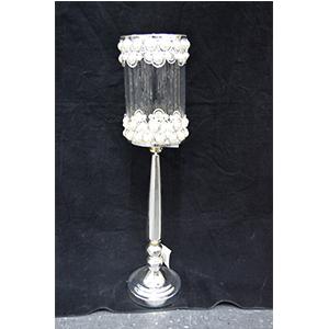 Candelabro de metal cromado y pantalla de cristal con cuentas de perla de 16x16x66cm
