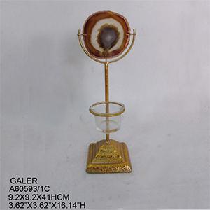 Candelabro para t-light dorado con cuarzo café de 9x9x41cm