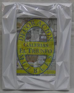 Portarretratos de plástico blanco moderno de 13x18cm