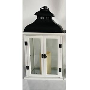 Linterna de madera c/plastico blanca con vela y luz integrada usa 3 baterias triple A de 25x15x46cm