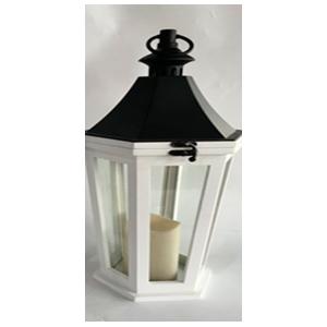Linterna  de madera plastico blanca  y luz integrada usa 3 baterias triple A de 22x19x47cm