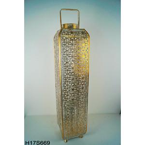 Linterna rectangular de metal con madera dorada con diseño de 19x19x82cm