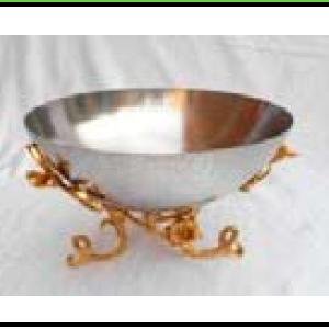 Bowl de metal plateado con base diseño ramas doradas de 25x25x18cm