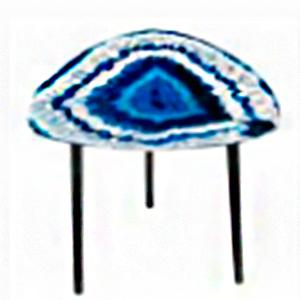 Mesita de café triangular diseño cuarzo azul con blanco de 40cm