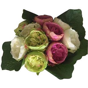 Ramo de rosas rosas, verdes y blancas
