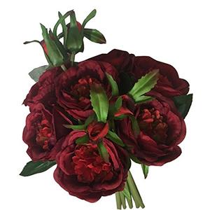Ramo de rosas rojas con boton
