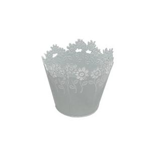 Maceta de lamina redonda blanca con diseño de flores de colores en el contorno de 15x13cm