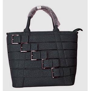 Bolsa de polipiel para dama con ebillas negra