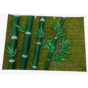 Tapiz diseño musgo con varas de bambú