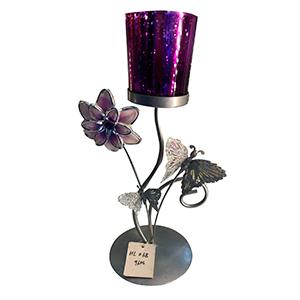 Candelabro de metal diseño flor con vaso de cristal morado