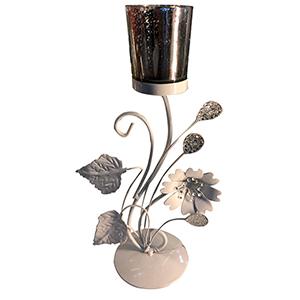 Candelabro de metal diseño flor con vaso de cristal blanco