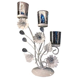 Candelabro triple de metal diseño flor con vaso de cristal plata