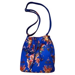 Bolsa tipo mochila azul marino con flores diseño Oriental