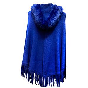 Poncho azul con afelpado