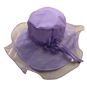 Sombrero con encaje lila