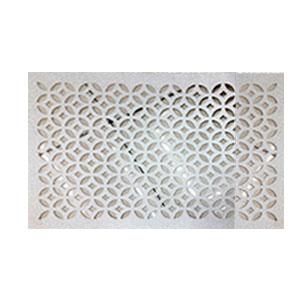 Mantel individual rectangular diseño rombos calado plata